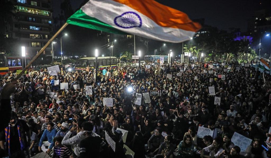 Sindicatos indios salen en huelga contra el Gobierno
