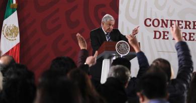Llama López Obrador a denunciar actos de corrupción