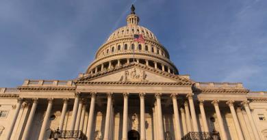 Cámara Baja de EUA reivindica su autoridad ante acciones de Trump en Irán