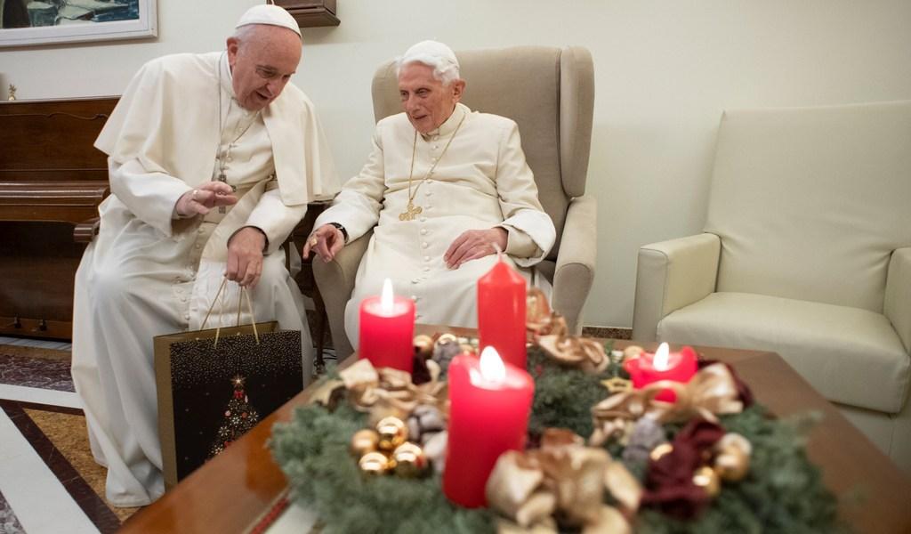 Defiende Benedicto XVI el celibato