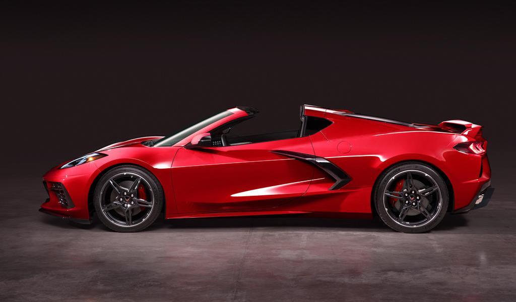 Detienen a empleados de General Motors por hacer carreras en Corvettes