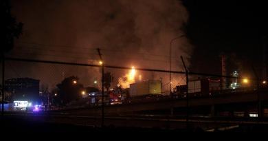 Se reportan cuatro heridos graves por explosión en industria química en España