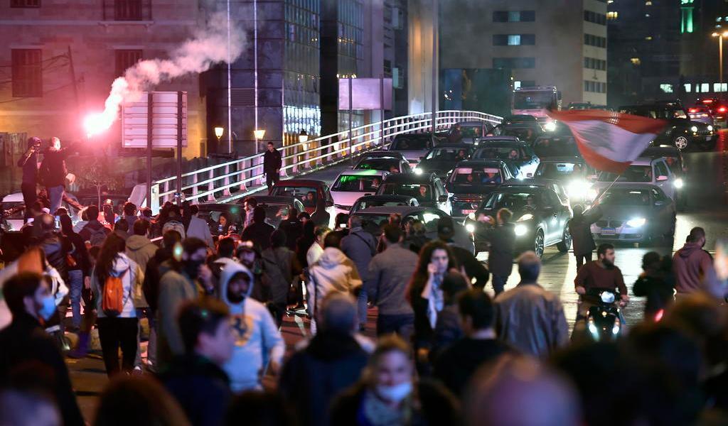 'Semana de la ira' colapsa a ciudades de Líbano