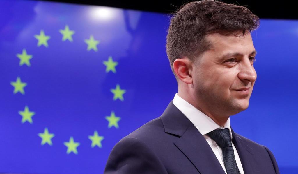 Presidente ucraniano rechaza renuncia del primer ministro