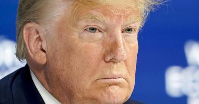 'Primero, Donald Trump', la conducta que guía al presidente, según demócratas