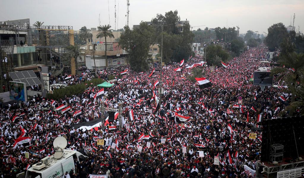 Miles exigen la salida de EUA de Irak con manifestación