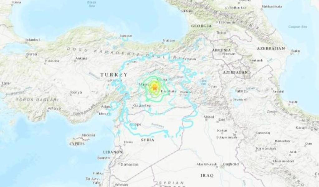 Sismo deja al menos cuatro muertos en el sureste de Turquía