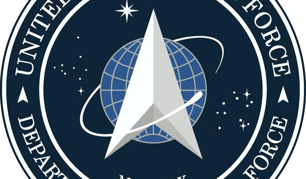 Trump revela logo de Fuerza Espacial, similar a Star Trek