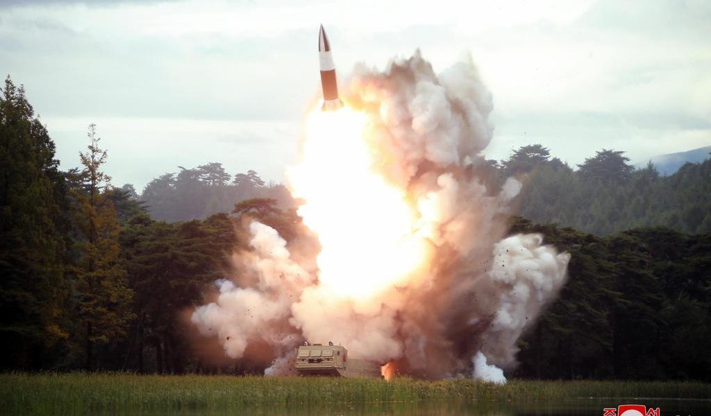 Muestran actividad en sitio de misiles