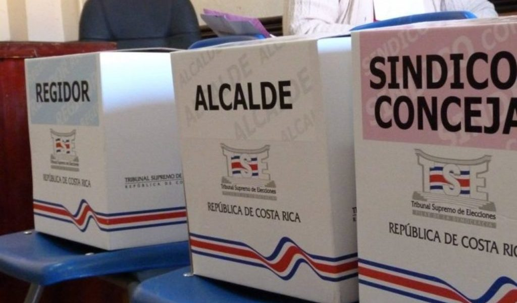 Costarricenses saldrán a votar