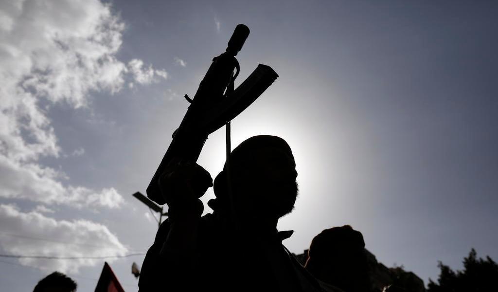 Rebeldes yemeníes, con armas 'similares' a las de Irán