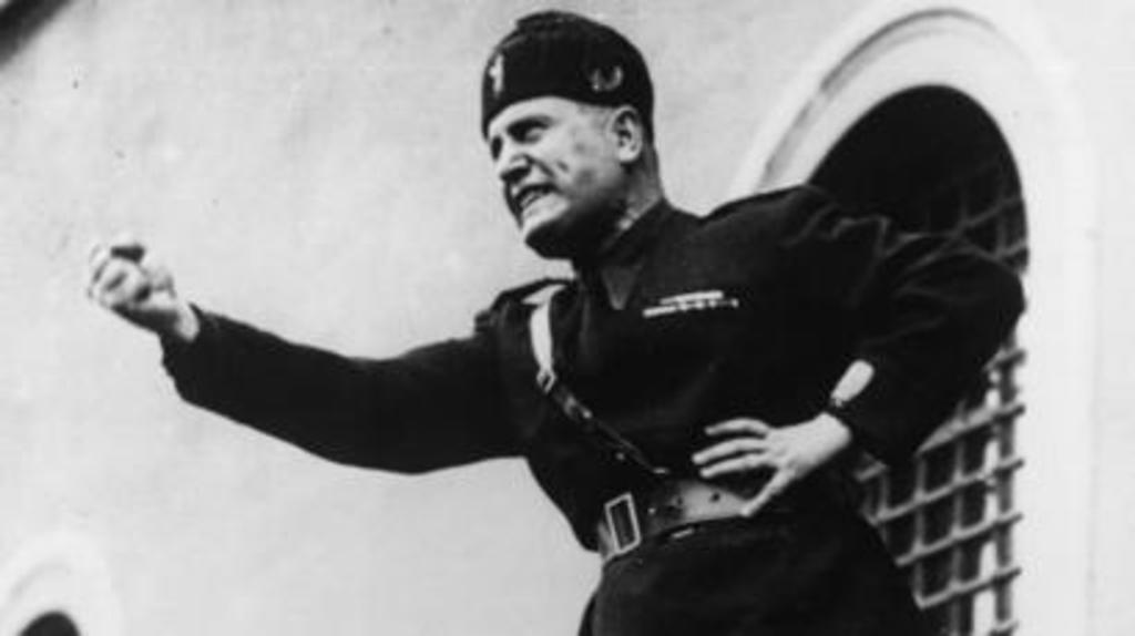 Mantiene Salò la ciudadanía honoraria al dictador fascista Benito Mussolini