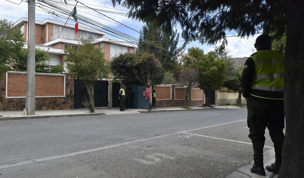 Da España su versión sobre incidente en embajada mexicana en Bolivia