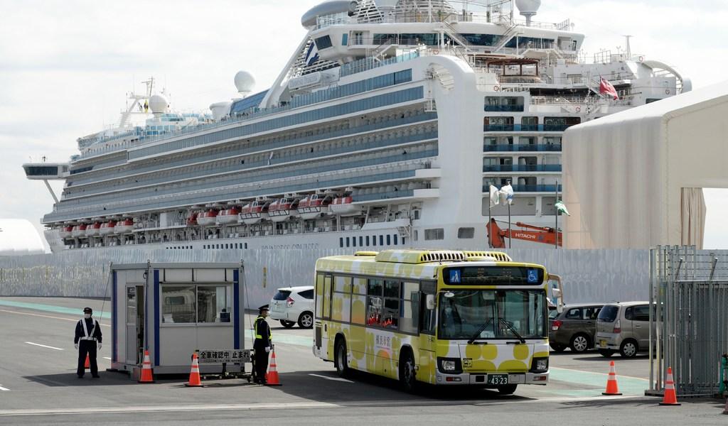 Finaliza polémica cuarentena de crucero