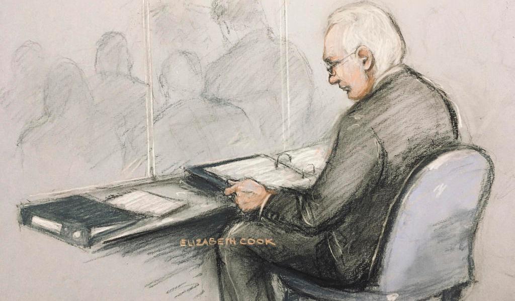 Denuncia abogado presuntos maltratos en prisión a Julian Assange