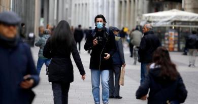 Coronavirus en Italia supera 1,100 casos y cobra 29 vidas