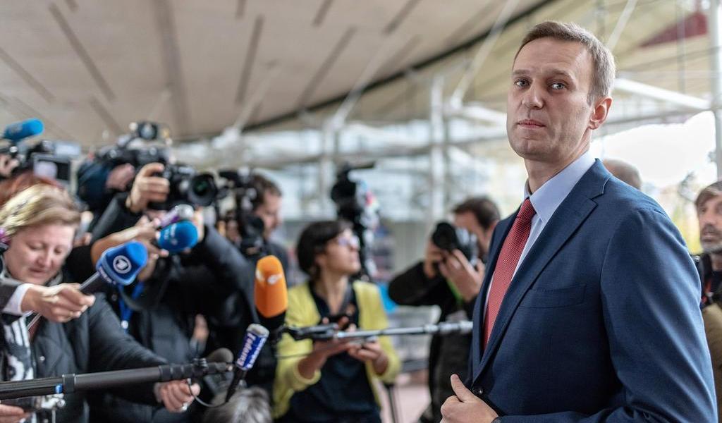 Denuncia líder de oposición en Rusia bloqueo a sus cuentas bancarias