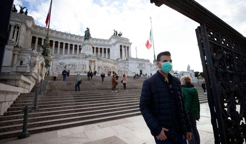 Francia, Alemania e Italia cierran escuelas