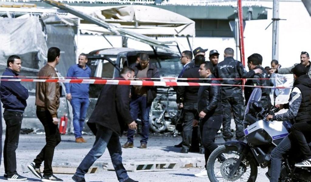 Registran ataque suicida con bomba cerca de embajada de EUA en Túnez