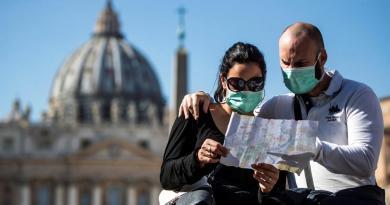 Vaticano confirma primer caso de coronavirus dentro de sus muros