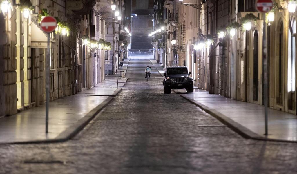 Italia expande cierre a casi todos sus comercios por coronavirus