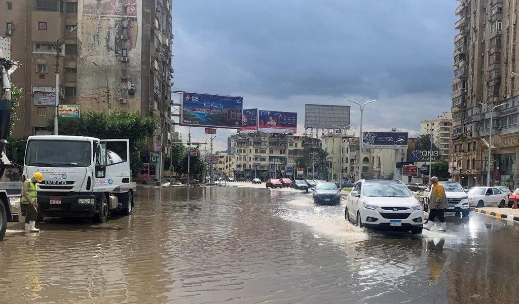 Suman 20 fallecidos por tormentas e inundaciones en Egipto