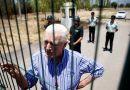 Lamentan muerte de sacerdote que luchó contra Pinochet