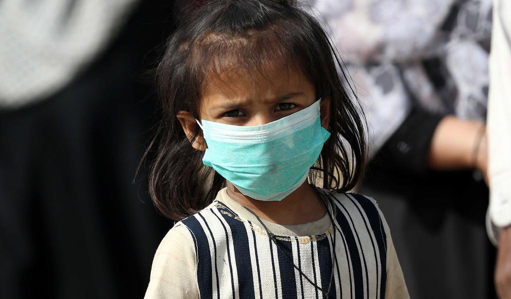 Aclara OMS que los niños sí corren riesgos ante el coronavirus
