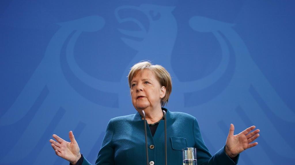 Angela Merkel es colocada en cuarentena