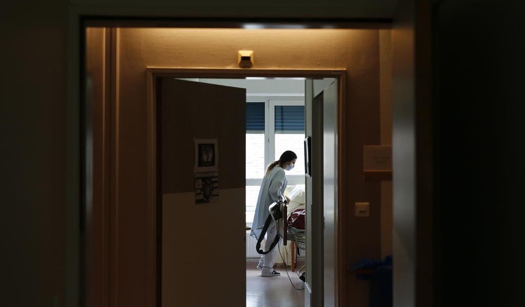 Reporta hospital en Francia haber atendido caso de COVID-19 en diciembre