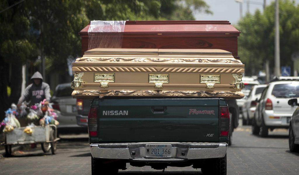 Entierros inmediatos alertan a nicaragüenses