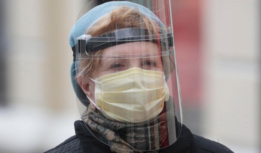 Mundo puede derrotar al COVID-19 como venció a la viruela hace 40 años: OMS