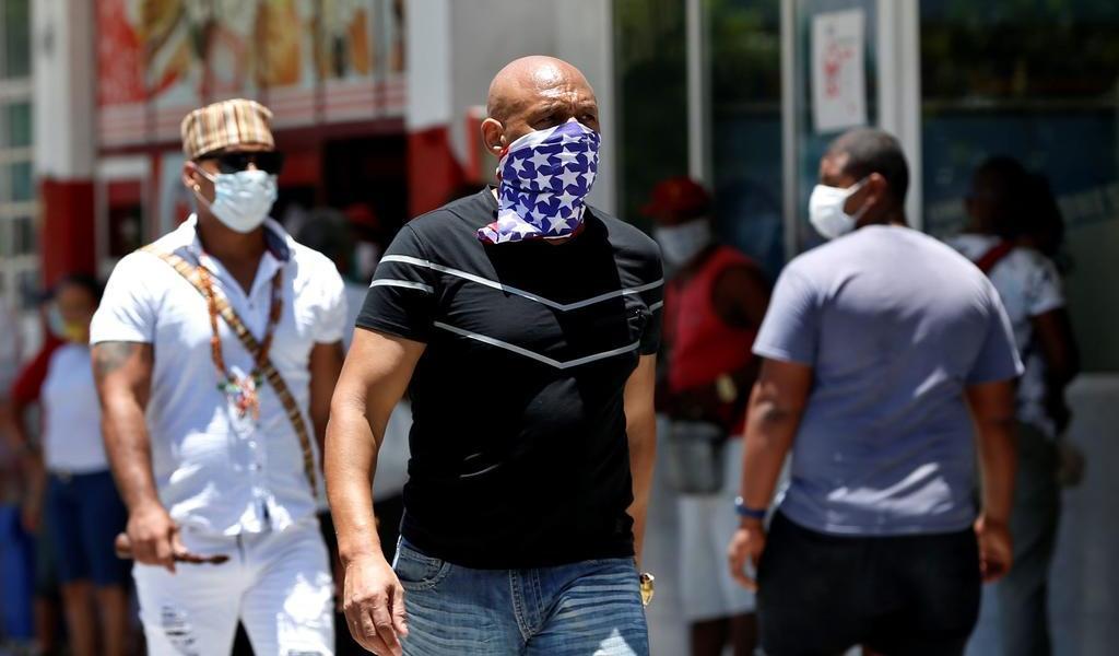 Hará Cuba pruebas masivas y al azar para detener los contagios de COVID-19
