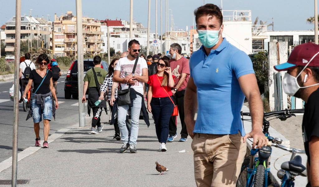 Registra Italia un repunte de contagios de COVID-19