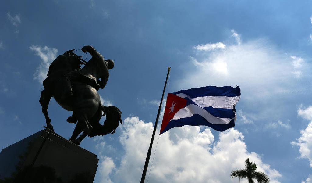 Se declara Cuba 'víctima' de terrorismo tras inclusión en lista de EUA