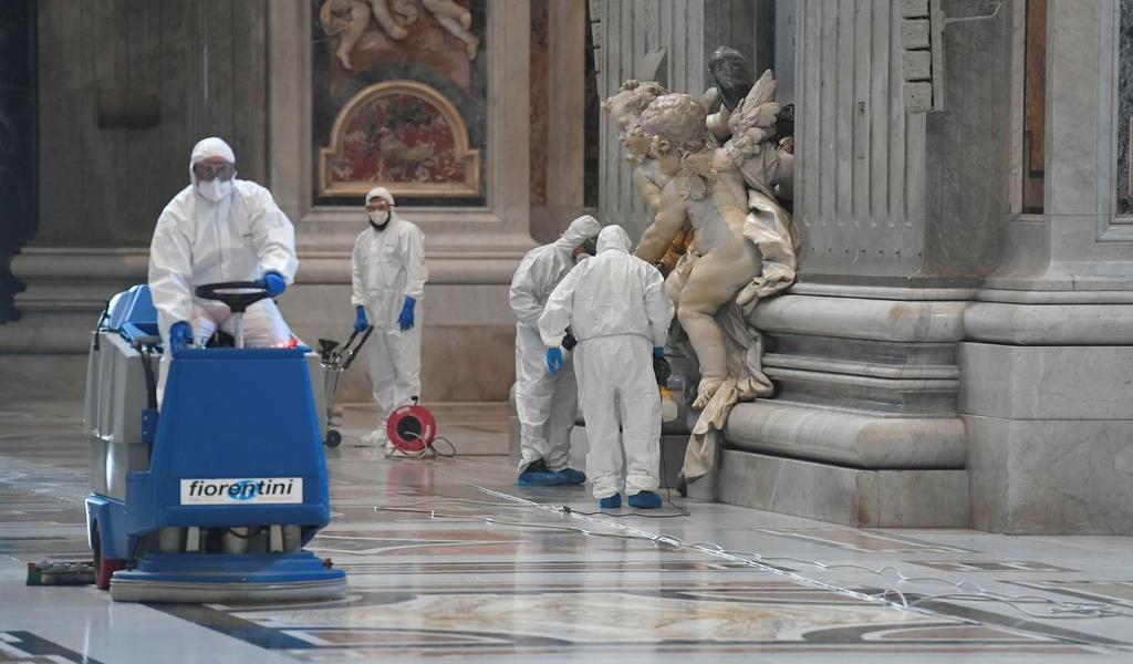 Basílica de San Pedro reabre con medidas contra el COVID-19
