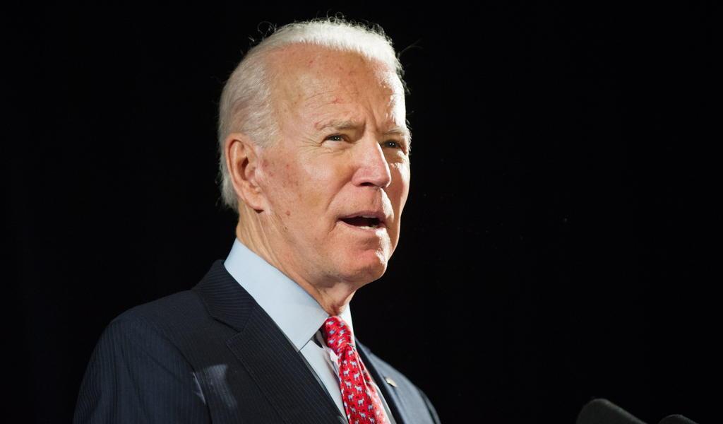 Si dudas entre ir conmigo o con Trump, entonces no eres negro: Biden
