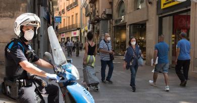 Alcanza España las 27,119 muertes por COVID-19