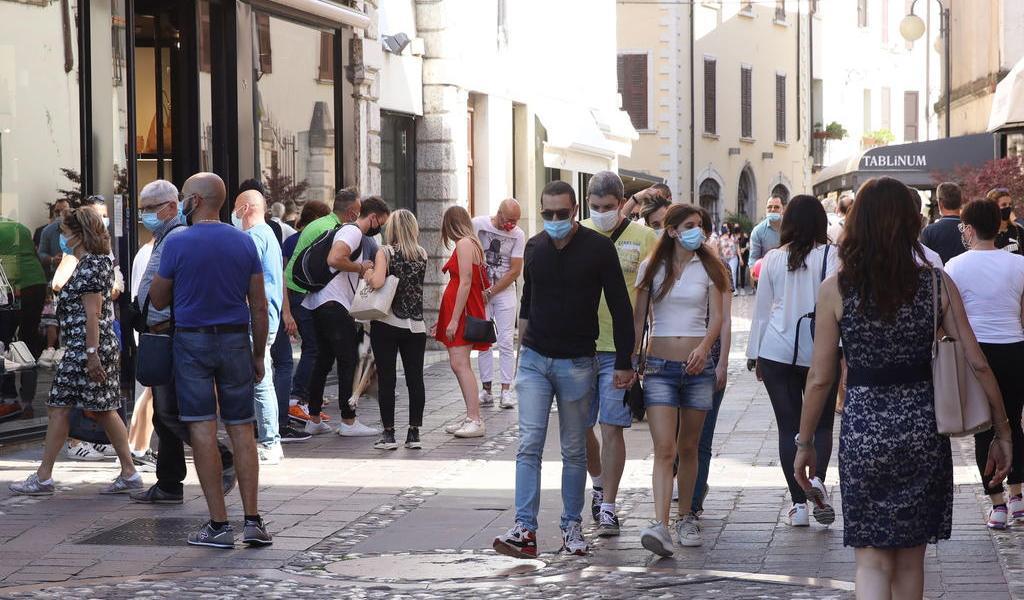Registra Italia 87 muertes por COVID-19 el último día