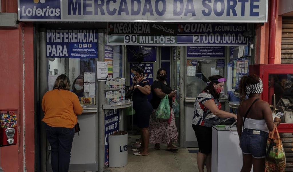 Río de Janeiro reanuda sus actividades económicas