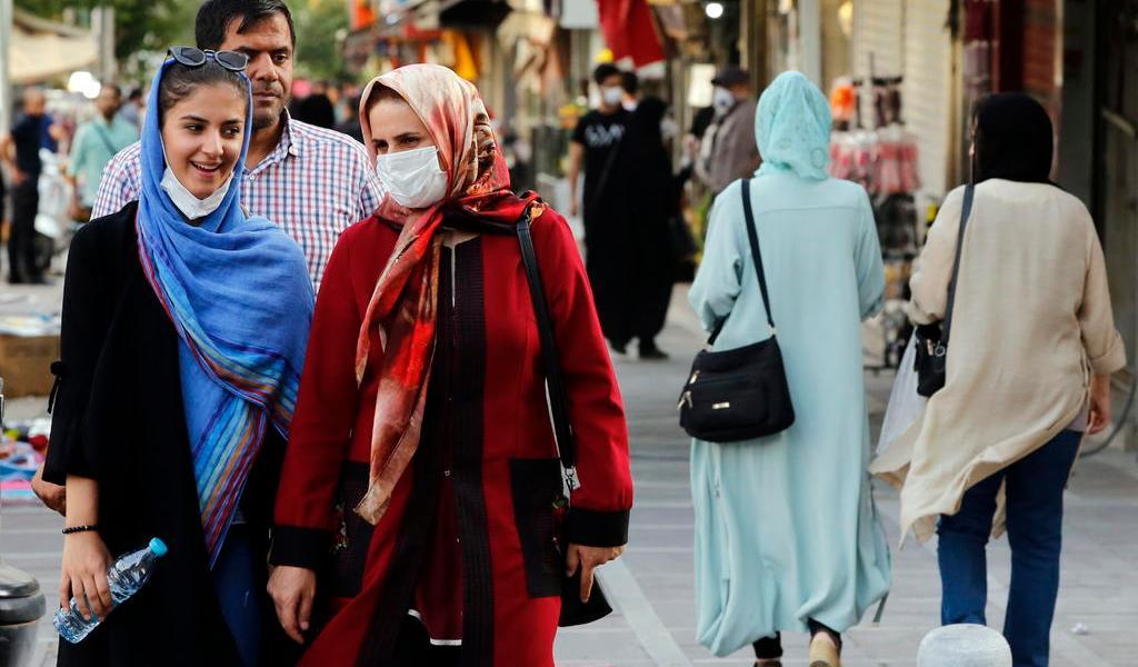 Disminuye ligeramente rebrote de COVID-19 en Irán