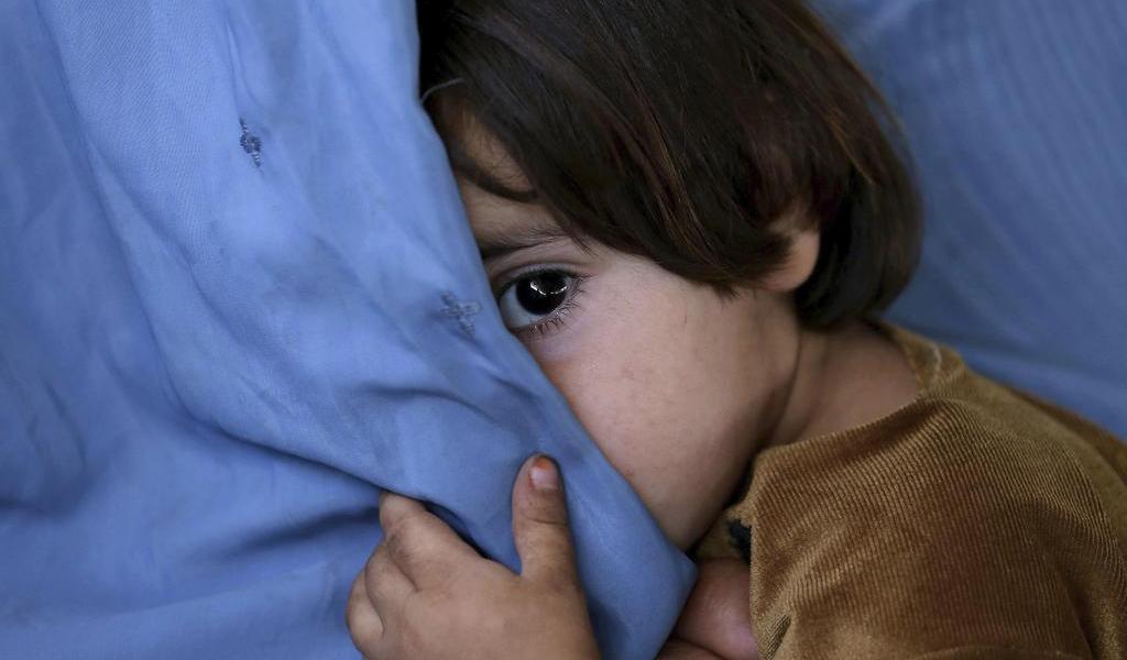 Detienen a pareja pakistaní por matar a empleada de 8 años