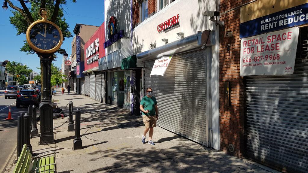 Nueva York reanuda actividades económicas