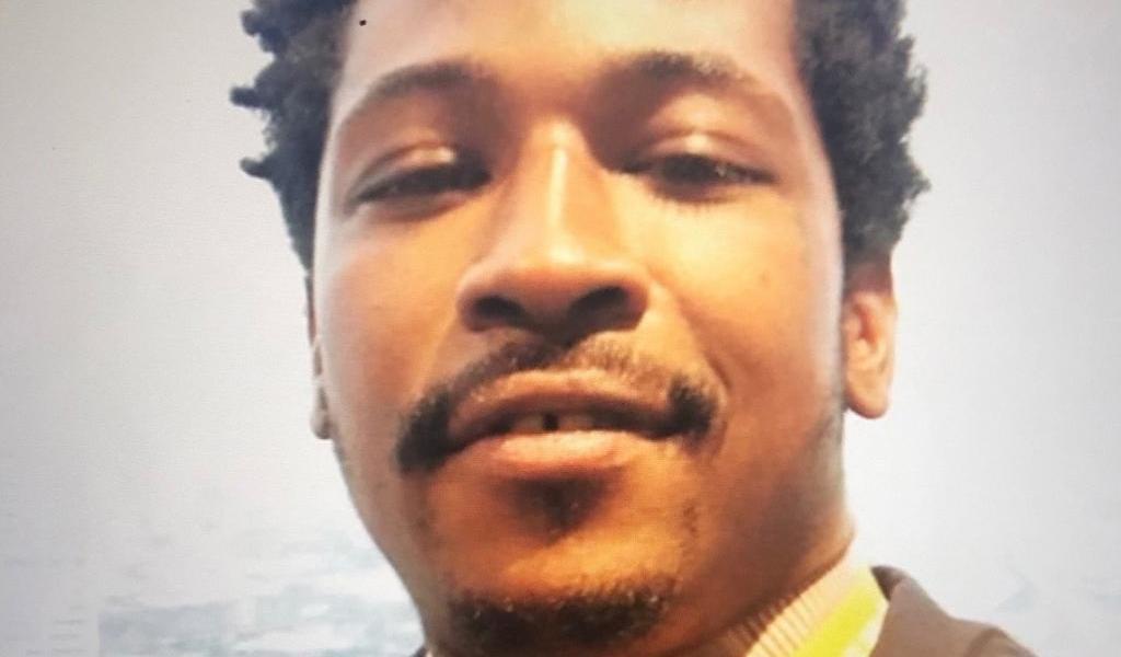 Familia de afroamericano asesinado en EUA pide cambio en la policía
