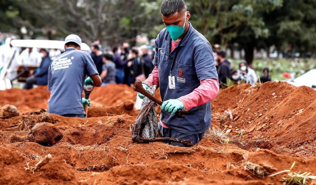 Brasil, cerca de registrar 45,000 muertes por COVID-19