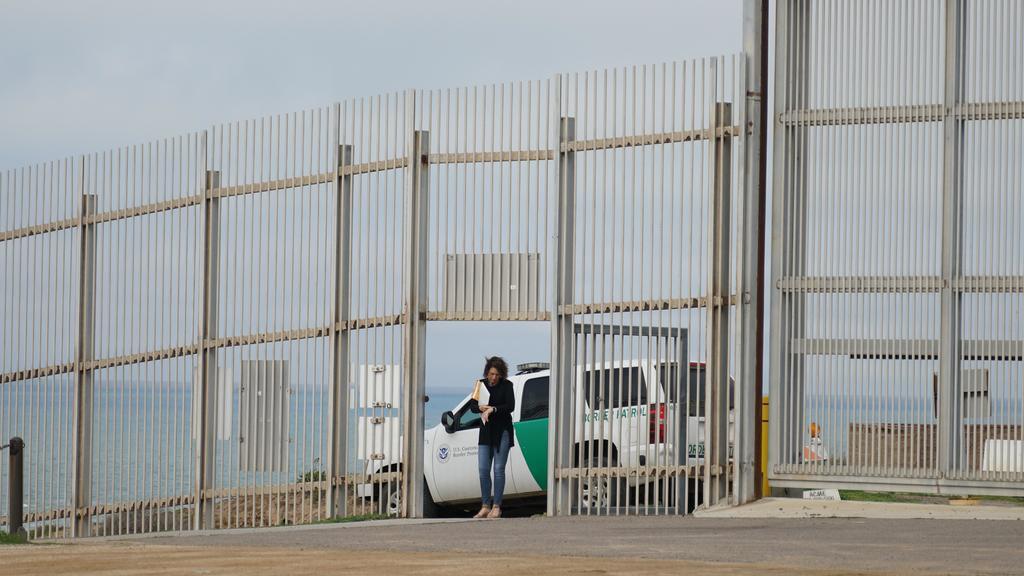 Corte Suprema rechaza atender objeciones a muro fronterizo entre México y Estados Unidos