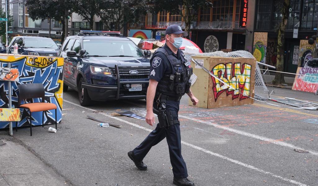 Deja tiroteo otro muerto en zona de protesta en Seattle
