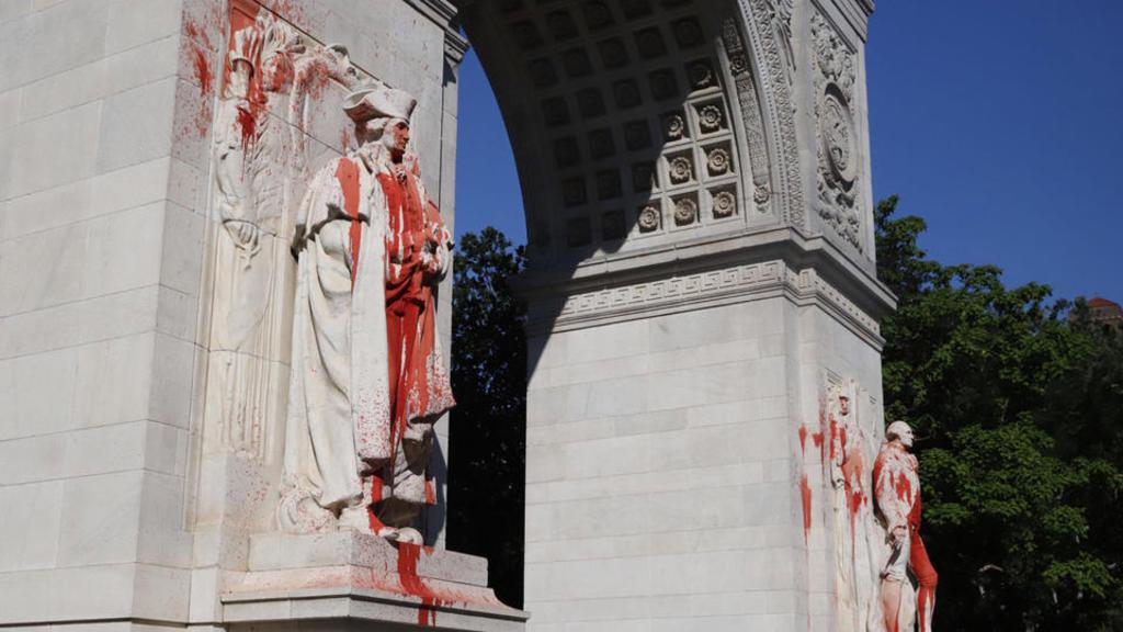 Exige Trump castigo a vándalos de monumentos