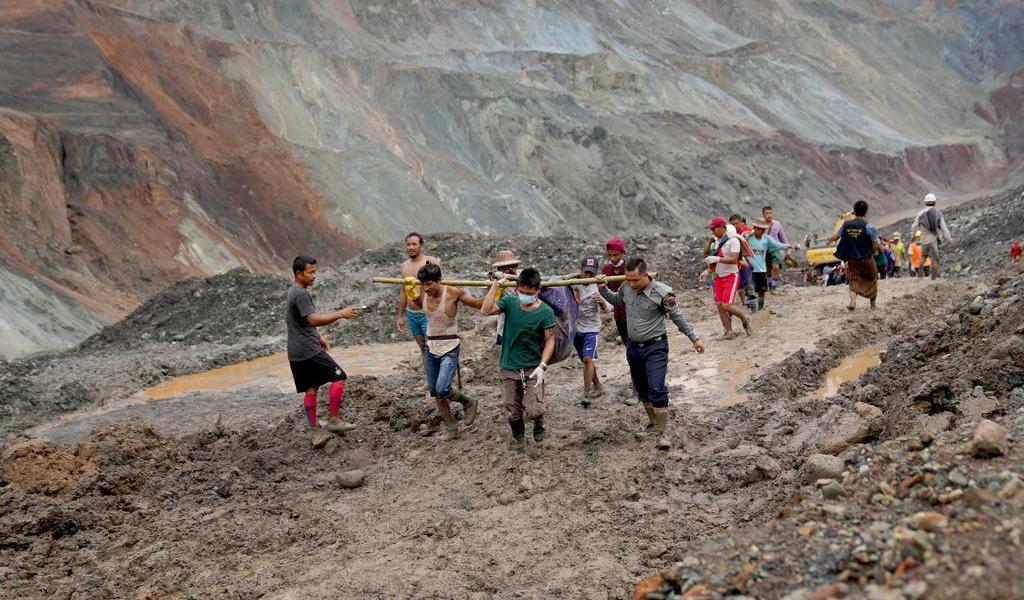 Mueren más de 100 en accidente de mina en Birmania