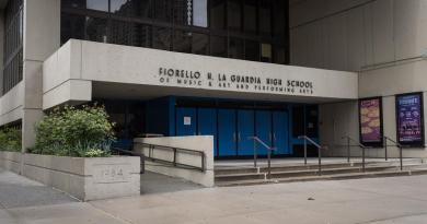 Escuelas de EUA enfrentan difícil dilema ante el regreso a clases